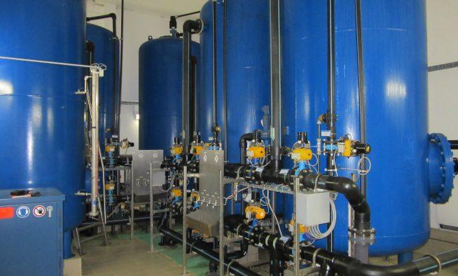 Wasserwerk Storkow - Filterstrecke mit Probennahmetafel